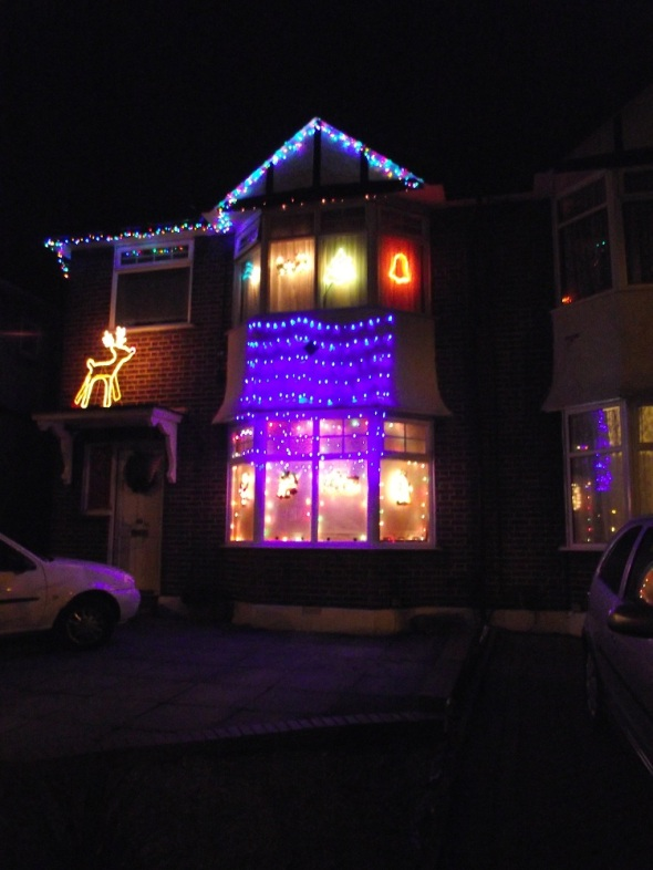 336greenford365christmasdecorativelightsgreenfordroad